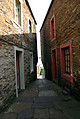 narrow-alleyway.jpg