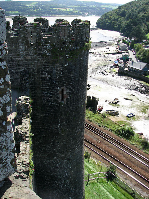 conwy castle prision tower