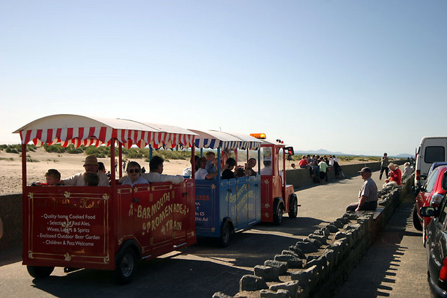 barmouth promenade train