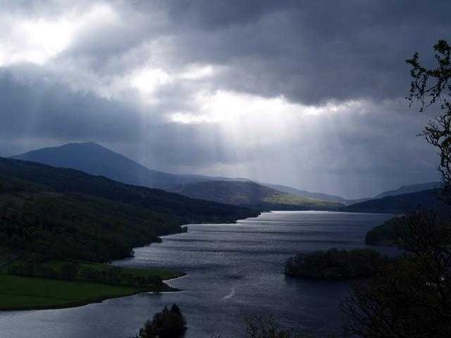 A_Dark_day_Loch_Tay