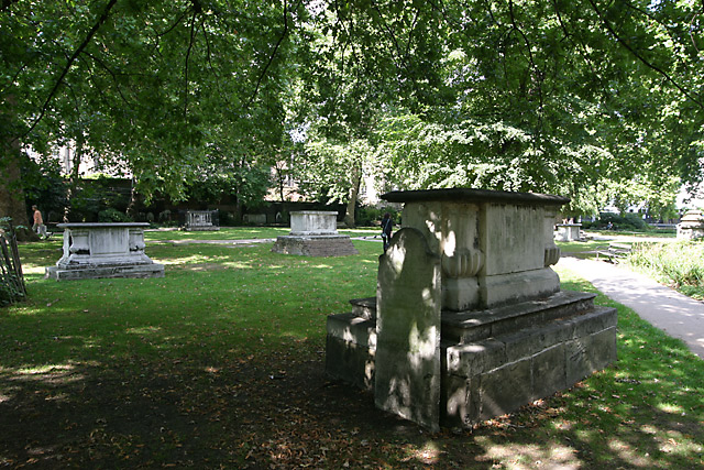 st georges gardens graves
