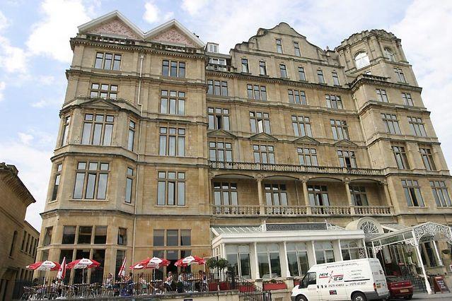 empire hotel