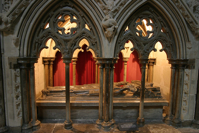 tomb of giles de bridport
