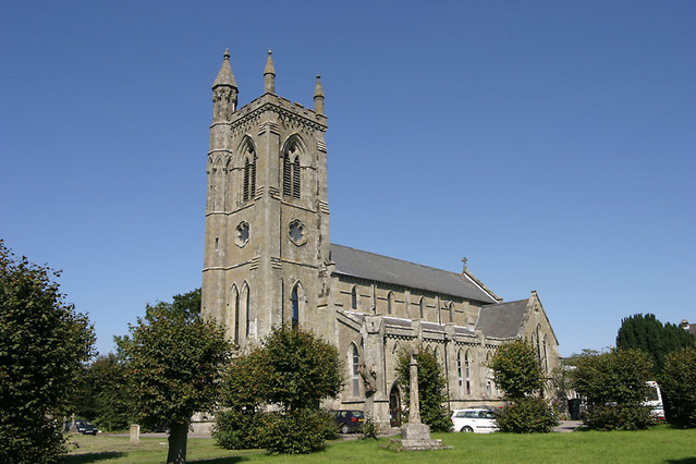 HOLY TRINITY CHURCH Photo / Picture / Image : Shaftesbury Dorset ...