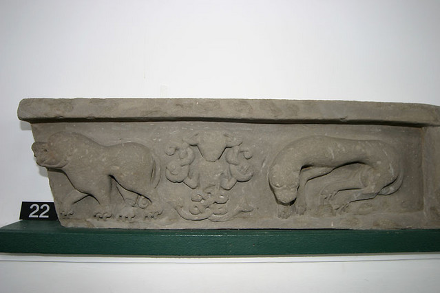 pic stone carving