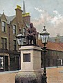 Davy_Laing_Statue_At_The_Forfar_Cross.jpg
