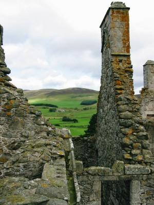 Glenbuchat_Castle_Chimney